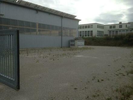 Abstellplätze Nähe Stuttgart für Fahrz. aller Art zu vermieten.