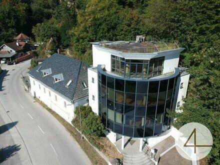 Modernes Mehrgeschossiges Bürogebäude oder Wohnungen