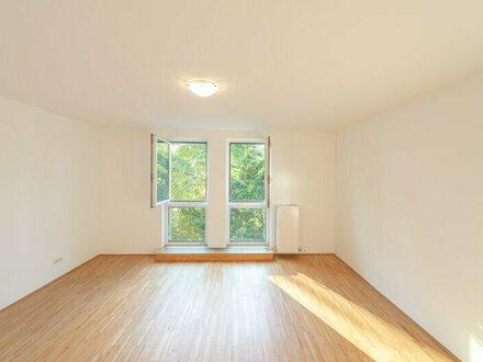 // GRÜNRUHELAGE // Porzellangasse, Bestlage im Servitenviertel, 2-Zimmer mit Balkon + getrennte Küche! **VIDEOBESICHTIGUNG**
