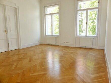 Erstbezug: sonniger 167m² Stilaltbau mit Einbauküche - 1010 Wien