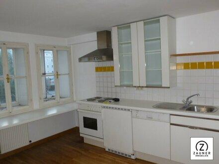 Nur für Junggebliebene ist diese Wohnung ein wahrer Traum - 2-3 Zi.Wohnung im Zentrum der Altstadt