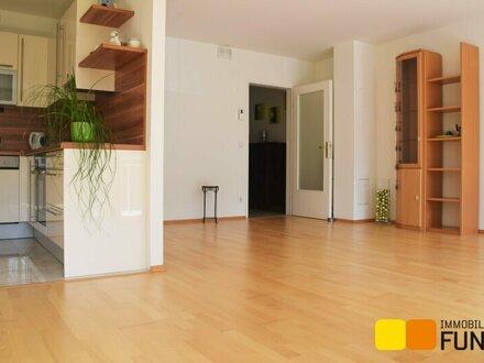 Moderne 3-Zimmer-Wohnung mit Loggia in Ruhelage