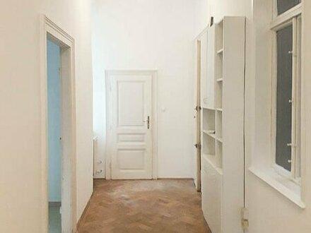 Helle und ruhige 3-Zimmer Altbauwohnung!