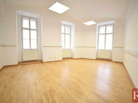 Nähe Naschmarkt - Gut geschnittene Büro- oder Praxisräume zu vermieten