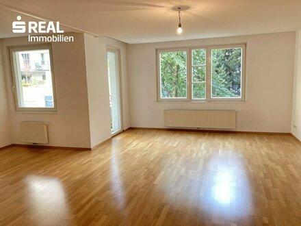 Schöne 3-Zimmer-Wohnung mit 2 Loggien in toller Lage auf 10 Jahre zur Vermietung
