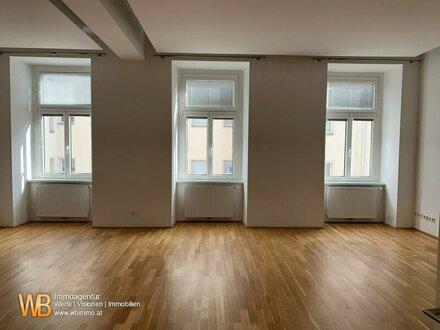 Direkt am Karmeliterviertet ! 5-Zimmer Altbauwohnung mit Balkon in BESTLAGE!