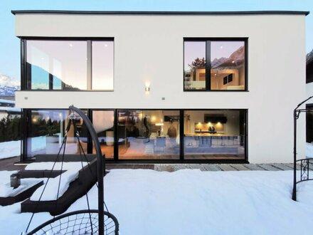 +++NEU** Architekten Massivholz Haus mit top Ausstattung und Swimmingpool !VIDEOBESICHTIGUNG! **NEU+++