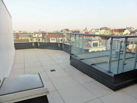 Ausblick: 125m² Dachmaisonette + 23m² Terrasse mit Einbauküche in Toplage - 1070 Wien
