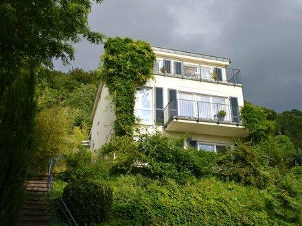 Traumhafte 6-Zimmer Villa mit Pool am Ölberg, Nähe Kierling