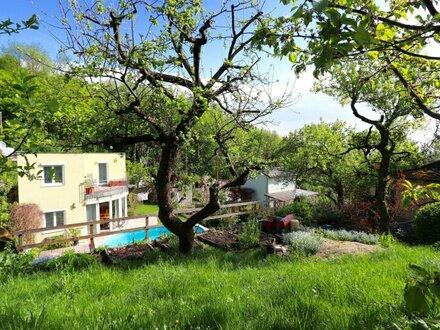 RARITÄT! Traumhaft gelegenes Eigenheim mit idyllischem Garten