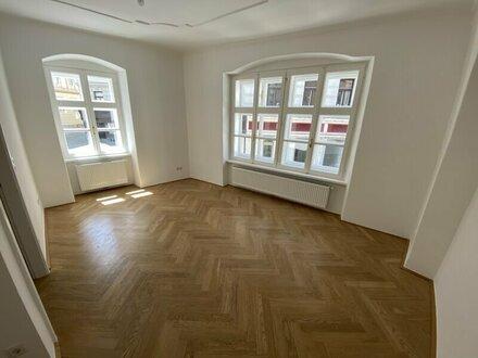 WUNDERSCHÖN sanierte 2-Zimmer Wohnung in absoluter Top Lage des 7. Bezirks - zu vermieten!!!