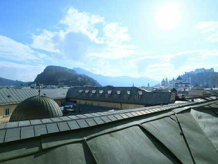 Charmante Maisonette-Wohnung mit Dachterrasse in der Salzburger Altstadt