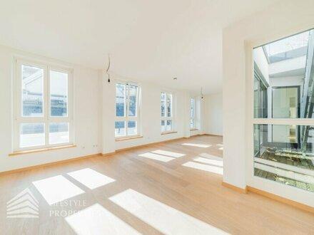 Luxuriöse 3-Zimmer-Dachterrassenwohnung neben Josef-Strauss Park