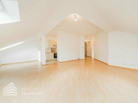 Sensationelle 2-Zimmer DG-Wohnung in Schottenfeld mit Option eines Garagenstellplatzes