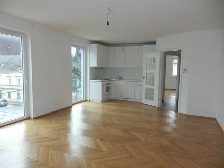 ZWEITBEZUG, 3 Zimmer Neubauwohnung - WG geeignet !