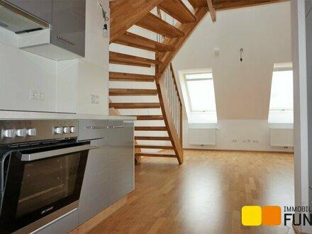 2 Zimmer Dachgeschossmaisonette, schöne Terrasse