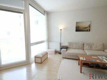 Ruhige 2 Zimmer Neubauwohnung mit LOGGIA beim Kongresspark (teilmöbliert)