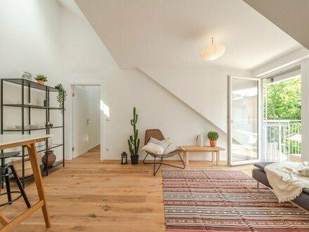 ++NEU** großzügiger 2-Zimmer DG-ERSTBEZUG, toller Stilaltbau, 8m² Balkon, GRÜNBLICK!!