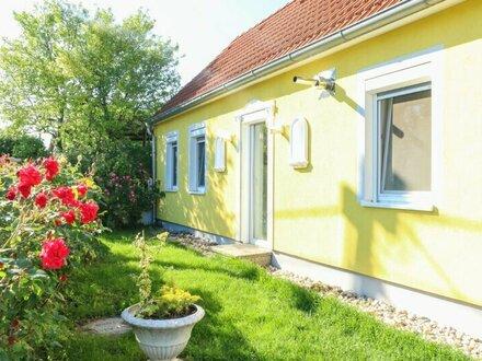 Einfamilienhaus in Ruhelage mit 400 m2 Garten zur Miete!