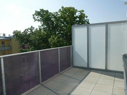VORSORGE - 2 Zimmer DG Wohnung mit Terrasse und Balkon