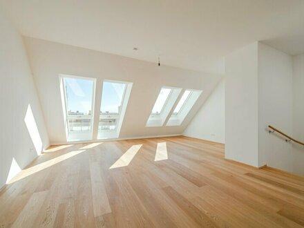 ++NEU++ Großzügiger 5-Zimmer DG-ERSTBEZUG mit Terrasse/Balkon! umfangreich sanierter Altbau!