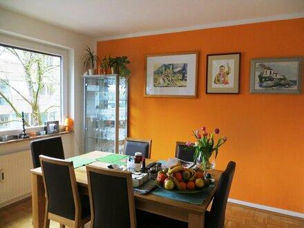 Großzügige, solide 5-Zimmerwohnung als idealer Alterssitz in Aigen/Nähe Salzachkai