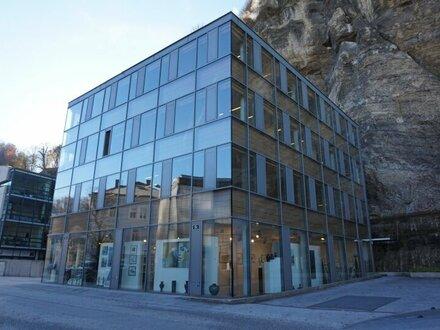 Riedenburg: Moderne Geschäftsfläche am Rainberg!