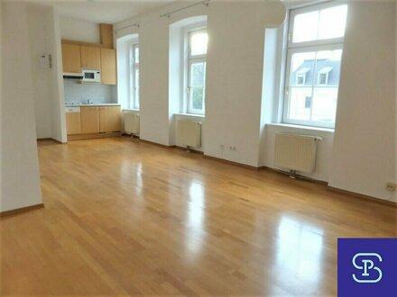 Unbefristeter 35m² Altbau mit Einbauküche und Lift - 1130 Wien