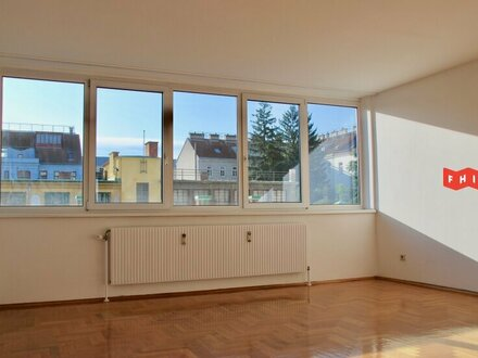 Helle, neu renovierte 3-Zimmer Wohnung