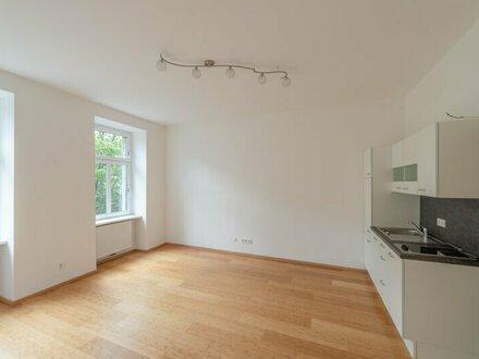 ++NEU++ Gut geschnittene 2-Zimmer Altbau-Wohnung