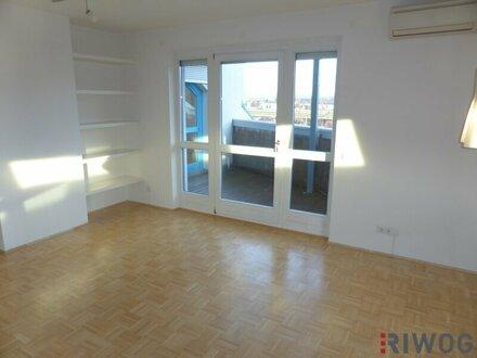 Großzügig geschnittene Dachgeschoss-Wohnung - BERGBLICK