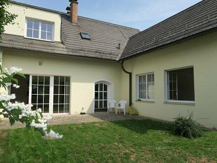 Doppelhaushälfte mit sonnigen Garten!