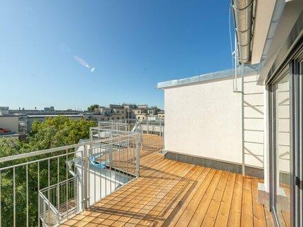 ++NEU* 2,5 Zimmer DG-ERSTBEZUG mit Blick aufs Wasser, toller Dachterrasse u. Balkon!