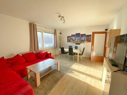 4-Zimmer Mietwohnung mit Terrasse! 3er WG geeignet! Warmmiete!