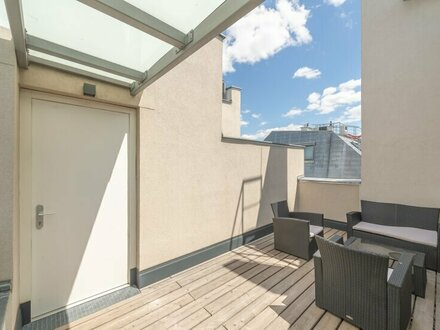 ++NEU++ Großartige Dachgeschosswohnung, toller Altbau! großzügige Wohnküche!