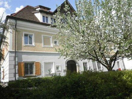 Anlageobjekt/ Mietwohnungsanlage, 28 sanierte Wohnungen, mit guter Jahresrendite