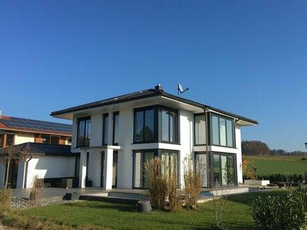 Grabenstätt: Neuwertiges Einfamilienhaus in idyllischer Lage!