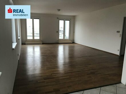 125 m² Dachgeschoß mit 50 m² Terrasse zum Arbeiten und Wohnen