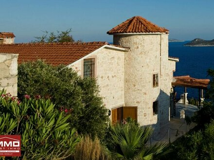 Exquisites Sommerhaus mit Pool in Kas/Antalya!