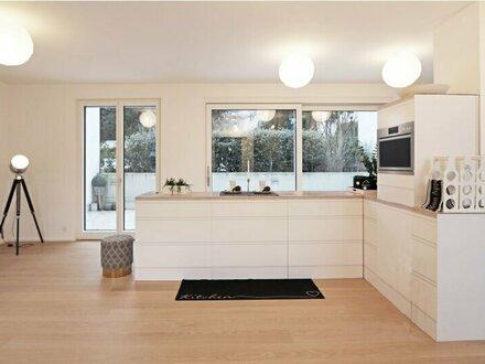 Moderner Erstbezug mit LIFT: Wohnen und Arbeiten unter einem Dach