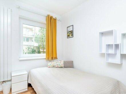 Charmante 2-Zimmerwohnung in bevorzugter Lage /VOLLMÖBLIERT