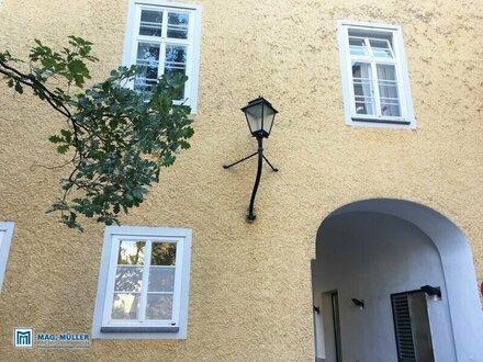 ALTSTADTFLAIR im Bruderhof Linzergasse | 2-Zimmer-Altbauwohnung ca. 75 m2 für Wohngenießer