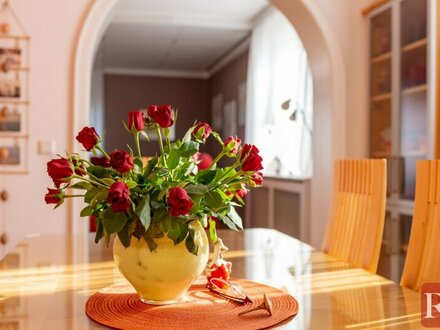 Die Lage spricht für sich - Einfamilienhaus mit großem Garten