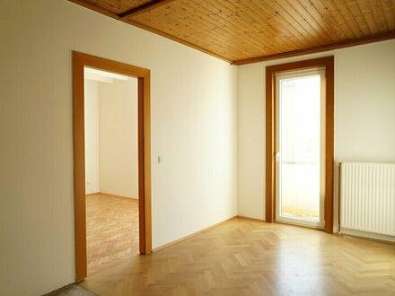 Charmante 2 Zimmerwohnung mit kleinem Balkon