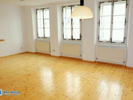 Altstadtflair! Charmante 3-4-Zimmer-Wohnung nahe dem Alten Markt