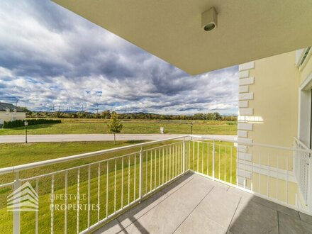 Erstbezug - Ruhige 2-Zimmer Wohnung mit Balkon und Seeblick im Wiener Becken