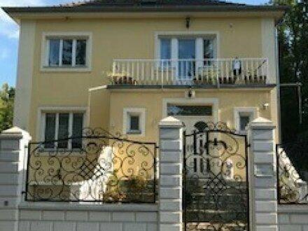 Stilvolle Villa in Oberdöbling als Arztpraxis oder Büro