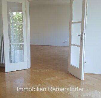 Großzügige Altbauwohnung im Stadtteil Riedenburg