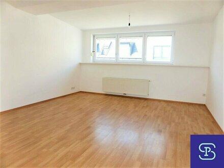 Unbefristete 69m² DG-Wohnung + Terrasse mit Einbauküche Nähe U1 - 1100 Wien