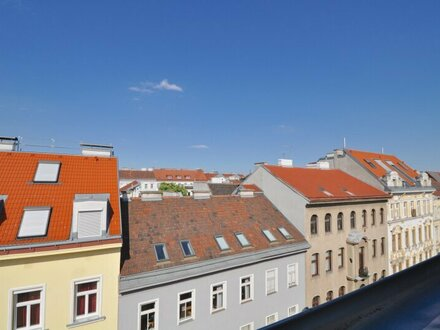 EUM - DACHGESCHOSS-ERSTBEZUG! Kompakte Zwei-Zimmer-Wohnung mit Terrasse nächst Mariahilferstraße!